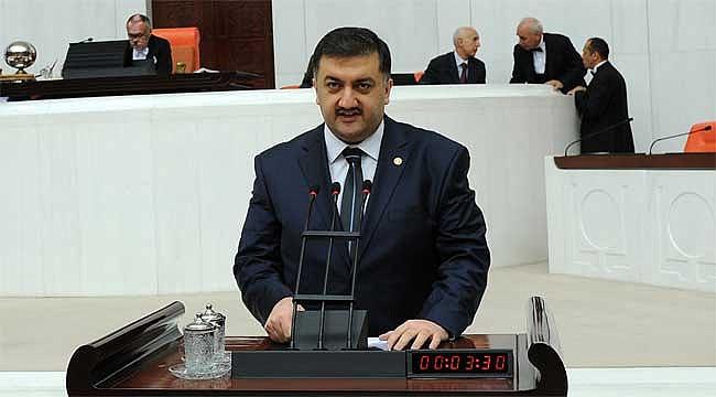 Karal saf değiştirdi, artık AK Partili değil