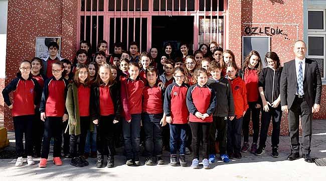 19 ikiz, 2 üçüz öğrenci aynı okulda eğitim görüyor