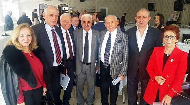 Rize Vakfı bir kez daha Orhan Keçeli'ye emanet