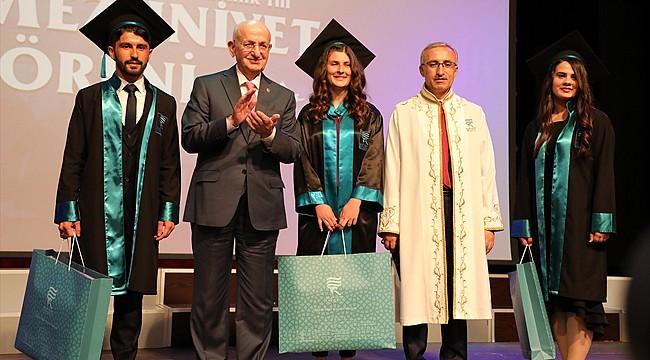 RTEÜ'de 2017-2018 Akademik Yılı Mezuniyet Töreni yapıldı