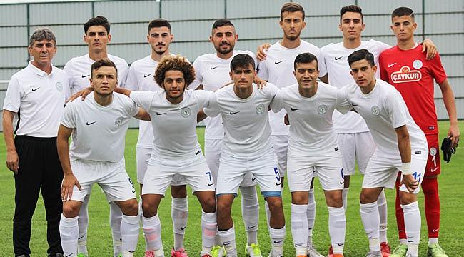 Çaykur Rizespor U21 kıl payı