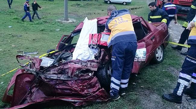 Otomobil hurdaya döndü: 1 ölü, 3 yaralı