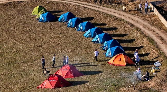 'Ekrandan Geç Hayatı Seç' projesi ile Petran'da doğa kampı
