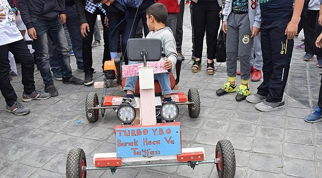 Köy okulu öğrencileri 'Turbo YİBO' adlı araç tasarladı