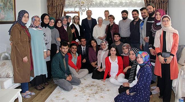 RTEÜ Tarih Bölümü Öğrencilerinden anlamlı ziyaret