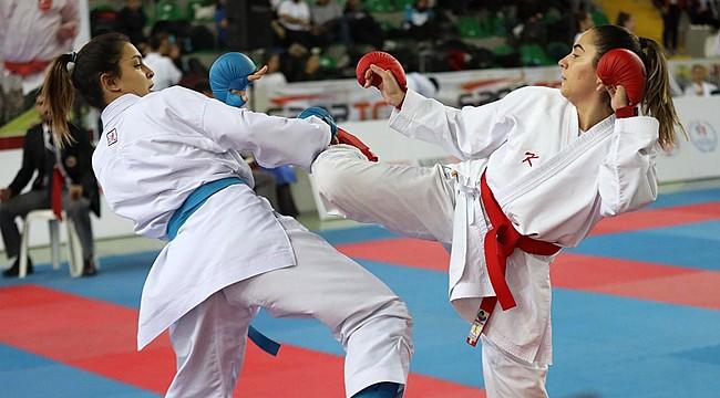 Rize'de düzenlenen Karate Milli Takım Seçmeleri sona erdi