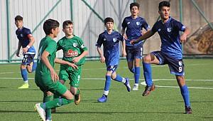 Çaykur Rizespor U14, çabaladı ama olmadı