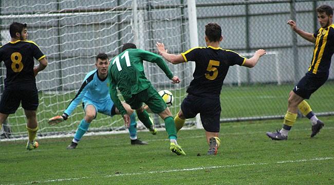 Çaykur Rizespor U21 ilk yarıda bitirdi