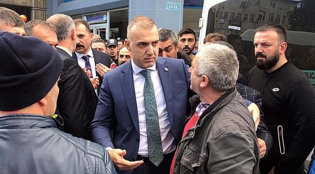 Vali Çeber: 'Herkese sarılan, kucaklayan bir Müdürümüzdü'