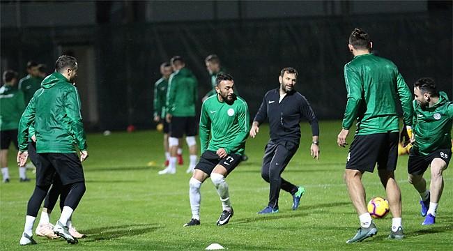 Çaykur Rizespor'un Antalya kampı başladı