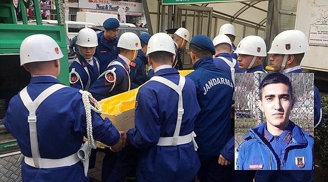 Rize'de ev iznine çıkan Er 6. kattan düşerek hayatını kaybetti