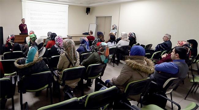 Rize'de otizmli ailelere yönelik eğitimler sürüyor