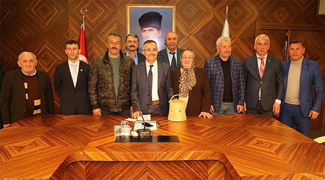Muhtarlar, Camii için Vali Çeber'den destek istedi