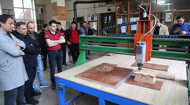 Rize'de lise öğrencileri 25 bin liraya CNC tezgahı imal etti