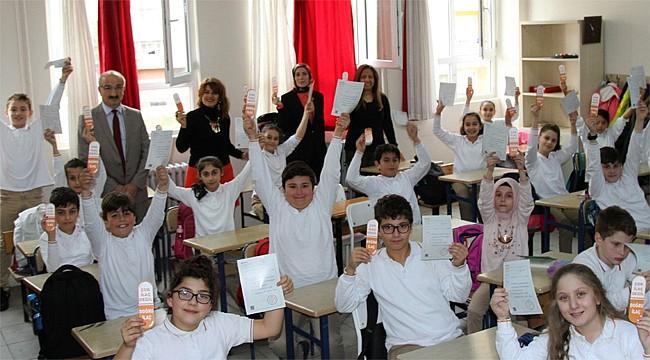 Rize'de öğrencilere Akılcı İlaç Kullanımı eğitimi