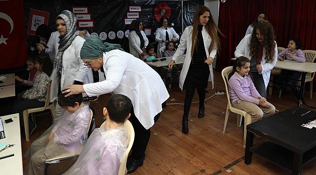 İyidere'nin Gönüllü Melekleri ücretsiz kuaförlük yapıyor