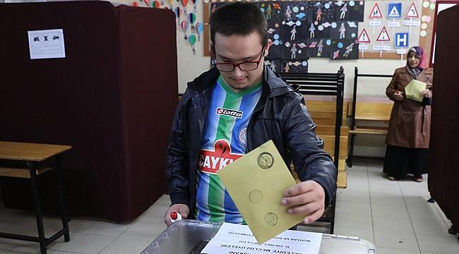 Rize'de oy verme işlemi sona erdi