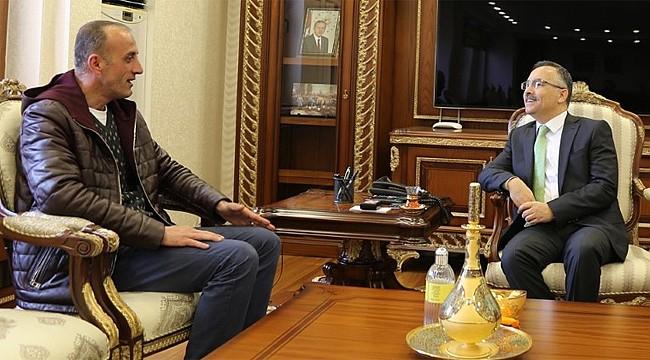 Şehit Altuğ Verdi'nin kardeşi, Vali Çeber'i ziyaret etti