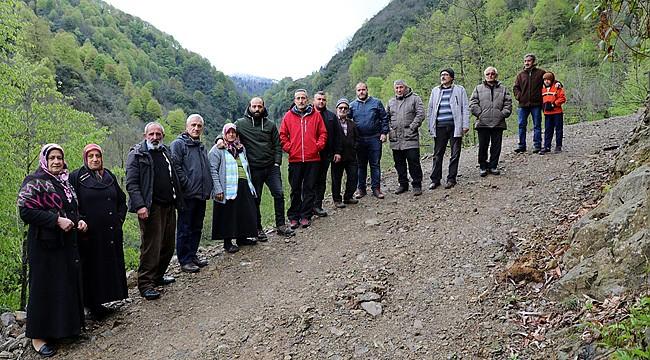 Hemşin'de köylüler, taş ocağı yapımına tepki gösterdi