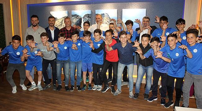 Çaykur Rizespor'un U13 Ailesi iftarda bir araya geldi
