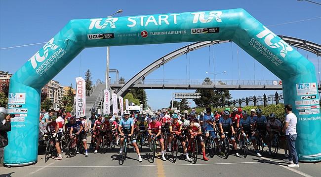Uluslararası Karadeniz Bisiklet Turu Rize'den başladı