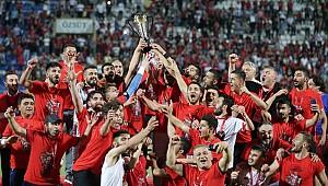 Yeni Çorumspor 2. Lig'e yükseldi