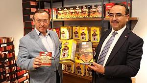 Çaykur'un yeni çay satış mağazası hizmete açıldı