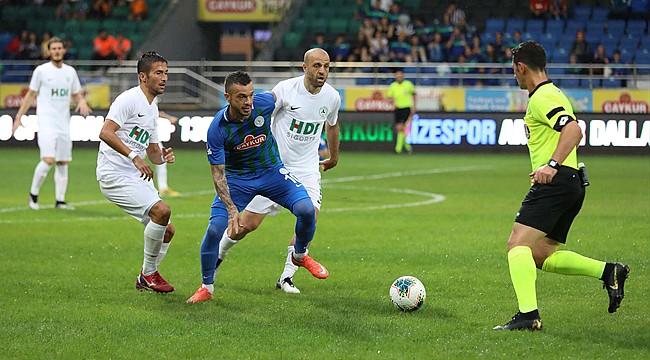 Çaykur Rizespor, sezon açılış maçında Giresunspor'a yenildi