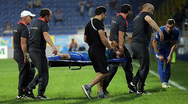 El Kabir'in sağ ayak fibula kemiği kırıldı
