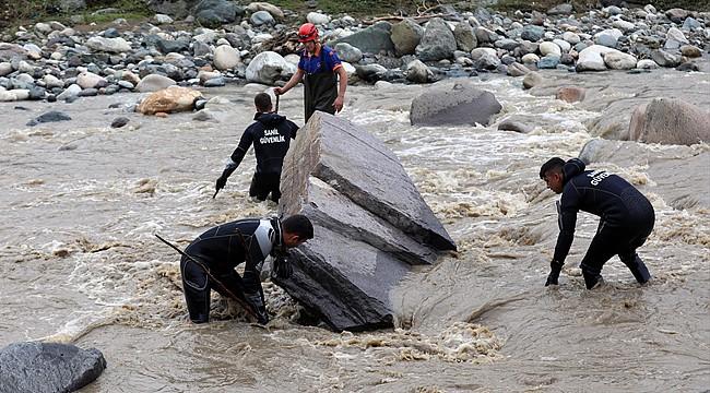 Rize'de sele kapılan Hüseyin Çap 3 gündür bulunamıyor