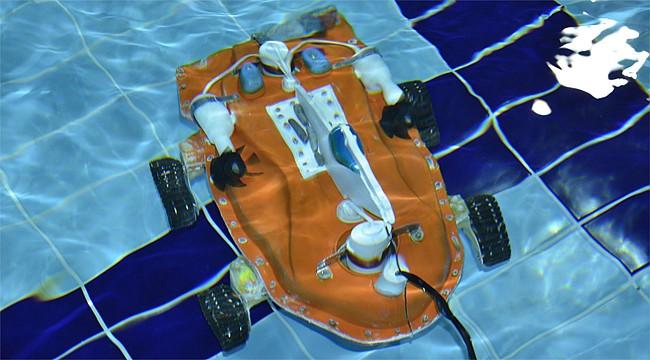 Rizeli öğrencilerden insansız denizaltı robotu Kaşif