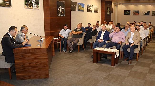 Vali Çeber Dumansız Hava Sahası için toplantı düzenledi