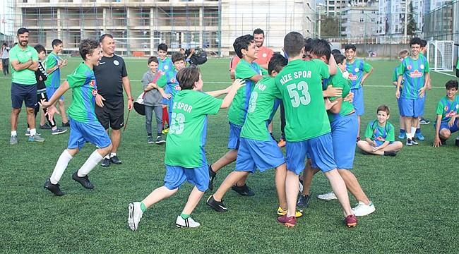 Mahalleler Arası Futbol Turnuvası Şampiyonu İslampaşa
