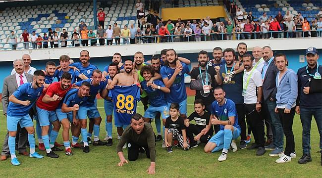 Pazarspor 3 golle 3 puanı aldı