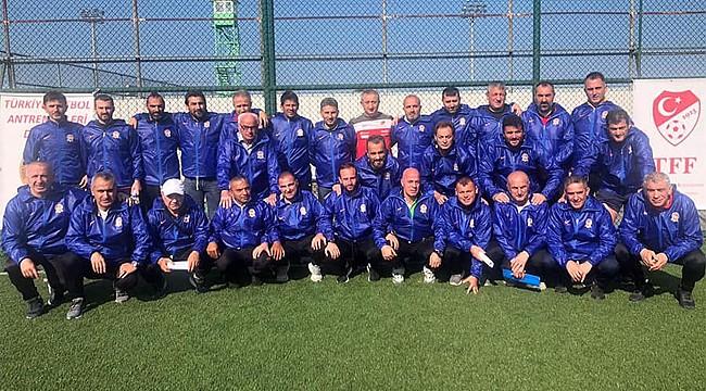 Rize'de futbol antrenörleri için Zorunlu Eğitim Semineri