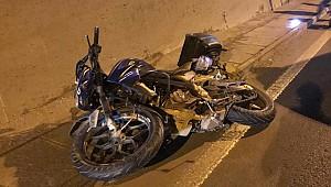 Rize'de motorsiklet tıra çarptı: 1 ölü