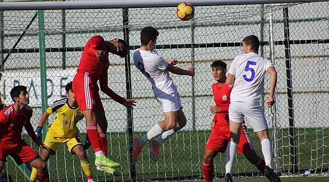 Gol düellosunun kaybedeni Çaykur Rizespor U17 oldu