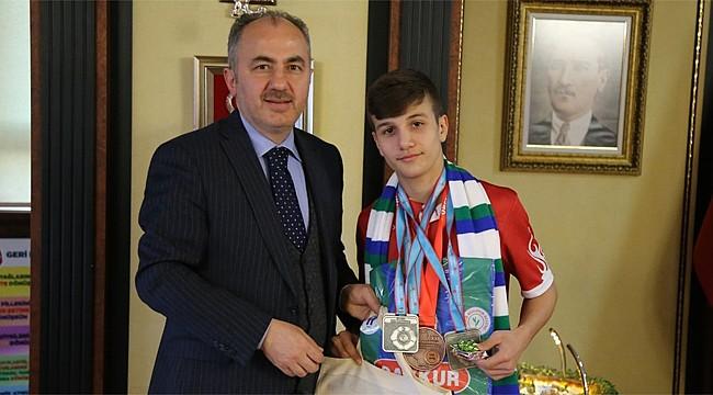 Başkan Metin'den Milli Takıma katılan Genç Judocuya tebrik