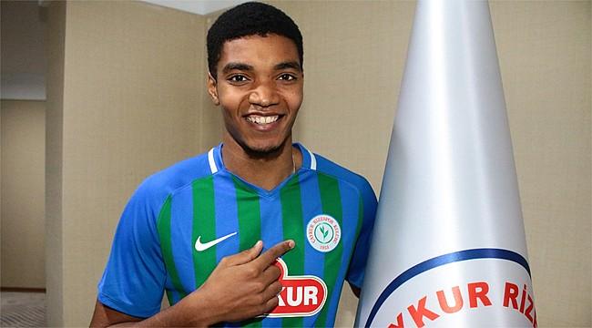 Çaykur Rizespor, Ivanildo Fernandes'i kiraladı