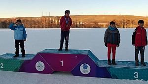 Kayak yarışmasında Rizeli sporcular 6 madalya kazandı