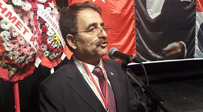 CHP Rize'de Saltuk Deniz yeniden İl Başkanı seçildi