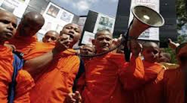 Myanmar'da Müslümanlara ölüm tehdidi