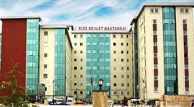 Rize Devlet Hastanesi'nde doktora orakla saldırıldı