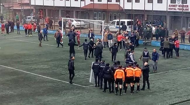 Rize'deki kritik amatör lig maçında olay çıktı