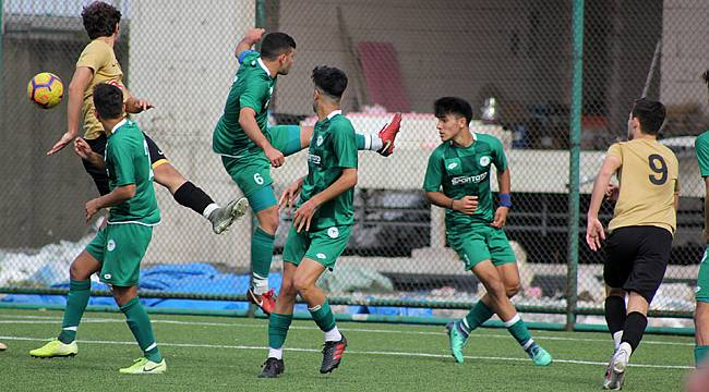 Çaykur Rizespor U17'de 3-0'dan 1 puan