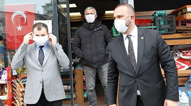 İyidere Belediyesi 5 bin maske dağıttı