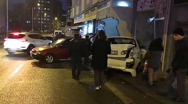 Rize'de korkutan kaza: 6 araca çarptı