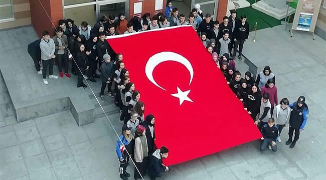 Rize Lisesi öğrencilerinden İdlib'deki Mehmetçiğe mektup