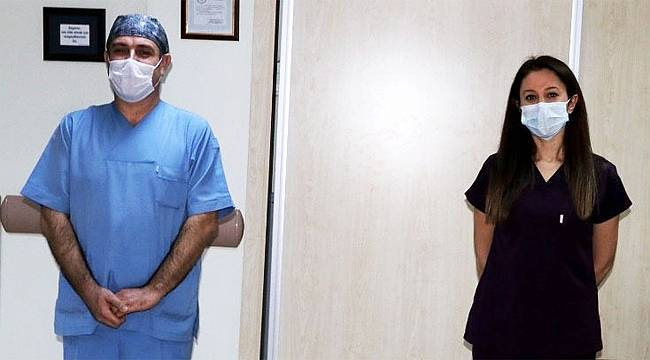 Rize'de korona virüsü yenen 2 hemşire yeniden göreve başladı