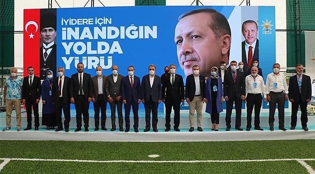 AK Parti, İyidere ve Derepazarı kongrelerini yaptı